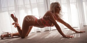 Khaldia escort girl in Westfield NJ