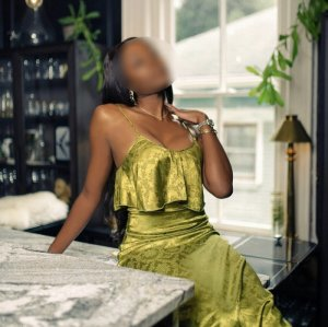 Fatoumia bbw live escort in Carolina