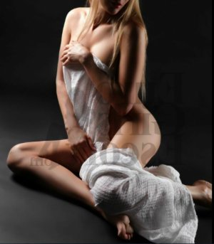 Ana-marie live escorts in Chantilly